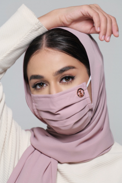 LAYLA Chiffon Earloop Mask in Rose Cloud
