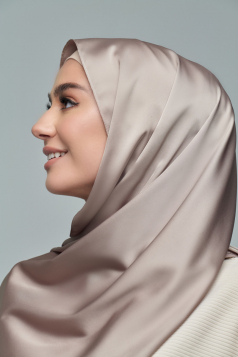THALIA Satin Shawl in Dusty Grey