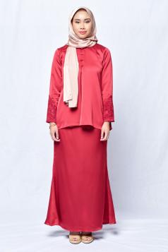 Aysha in Red