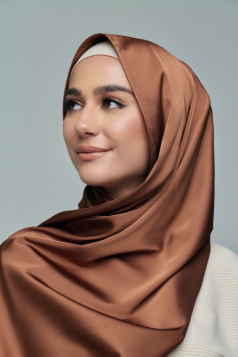 THALIA Satin Shawl in Almond Brown