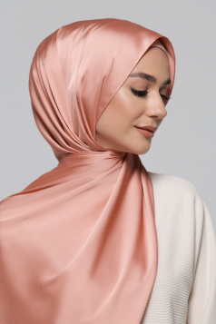 THALIA Satin Shawl in Salmon