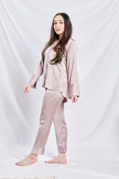 Satin Silk Pyjama in Lavender Rose